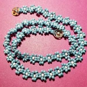 Vintage bead flower necklace sky blue white choker